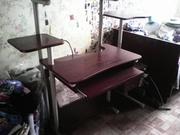 тумбочка под телевизор,  компьютерный стол,  ученический стол