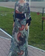 Продам платье 42-44 размер
