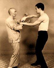 Индивидуальные занятия по системе ближнего боя Вин Чун (липкие руки)